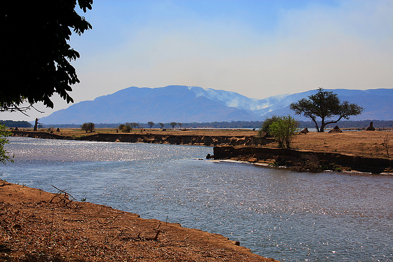 Gwaya Campsite, Mana Pools NP