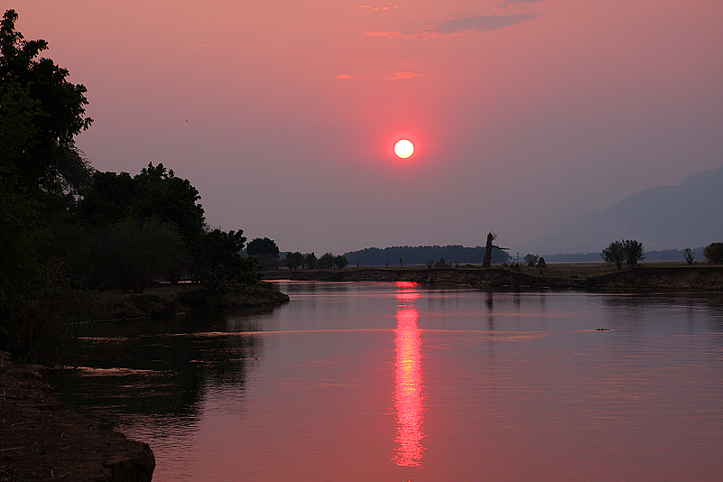 Sonnenuntergang in Gwaya, Mana Pools NP