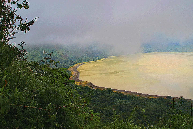 Embakai Krater