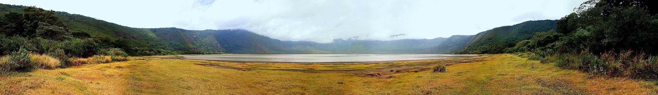 Panorama Embakai Krater