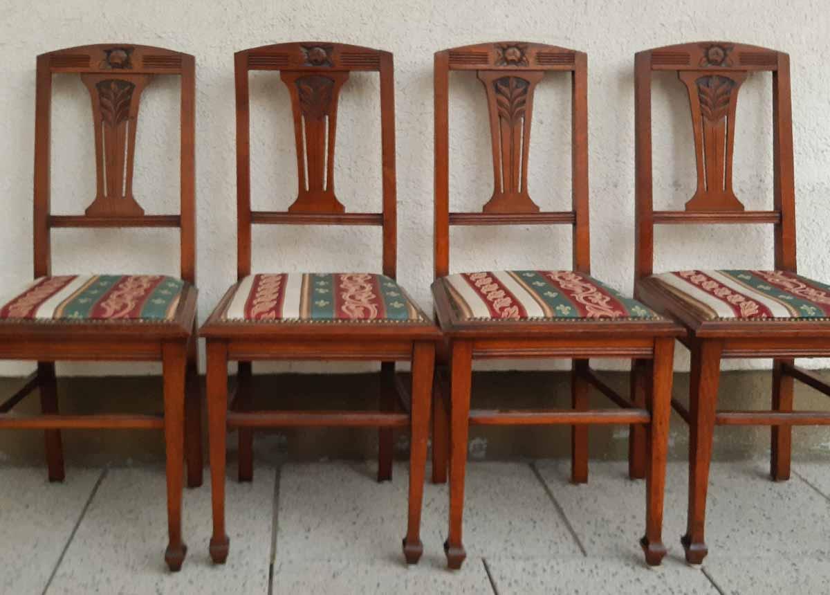 Jugenstilstühle bei Kauf, nicht mehr original, vor Restaurierung